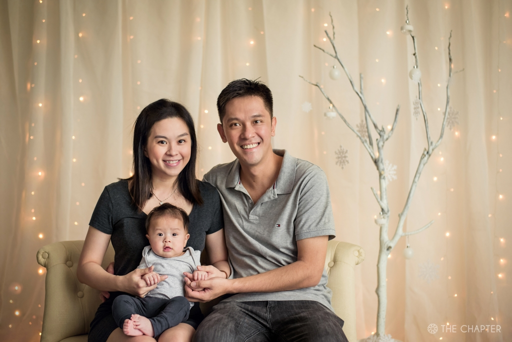 christmas mini session ipoh, ipoh family portrait photographer, ipoh portrait photographer, the chapter ipoh, portrait photographer ipoh