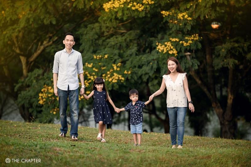 family portraits ipoh, family photographer ipoh, malaysia