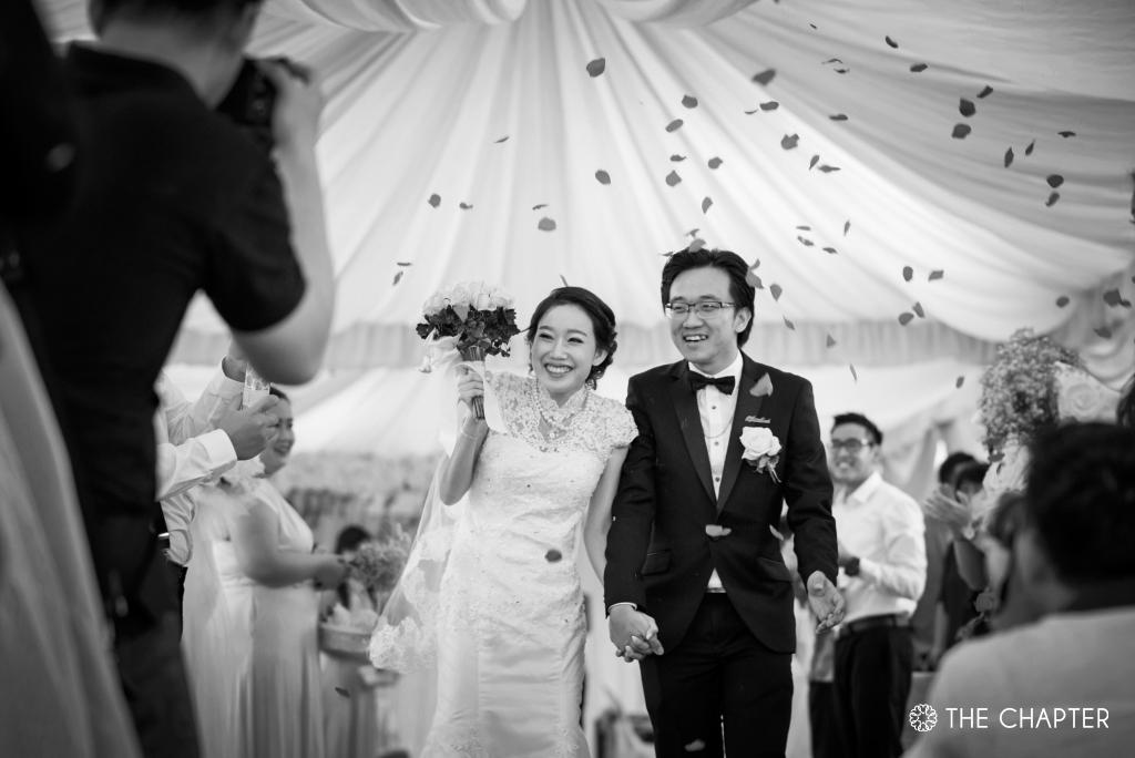 wedding photography ipoh, garden wedding ipoh, portrait photography ipoh, family portrait photographer ipoh, the chapter ipoh, wedding portrait photography malaysia
